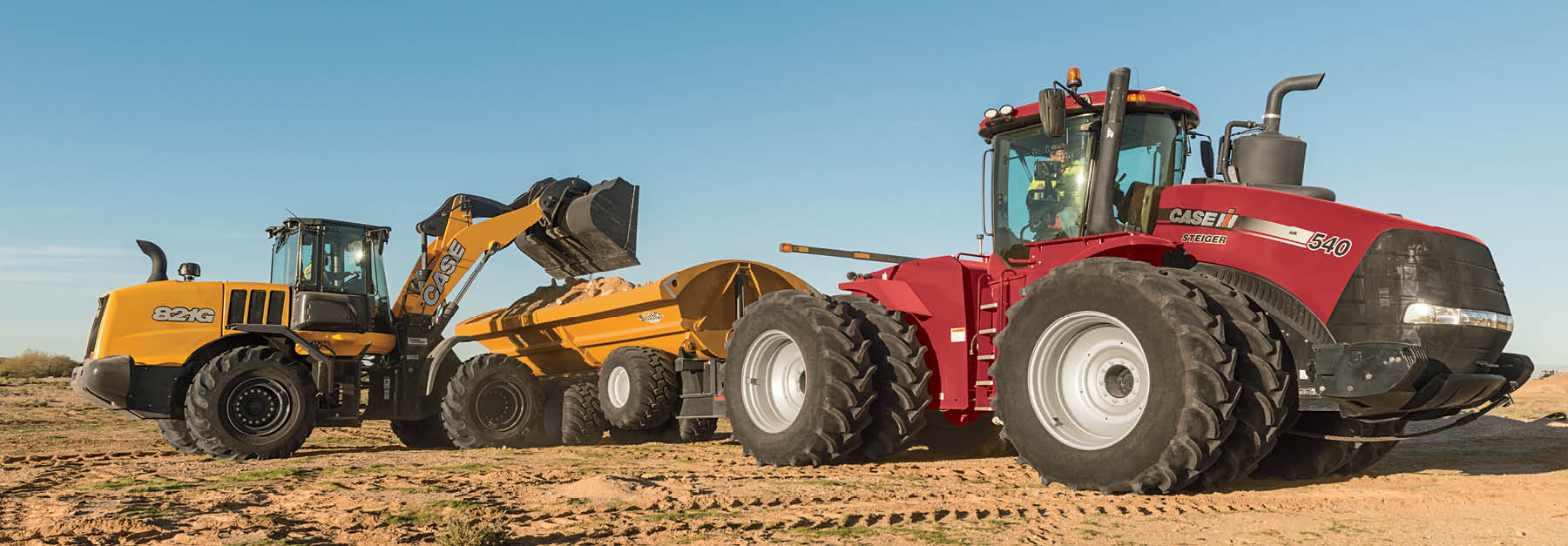 Steiger 540 & Case 821G wheel loader