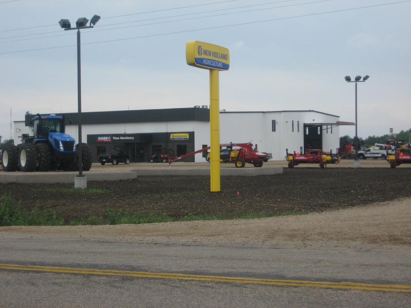 Case IH and New Holland Ag Titan Machinery Dealership in Highmore, SD
