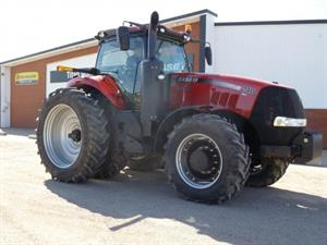 2019 Case IH 240C 2WD Tractor 2678483-1